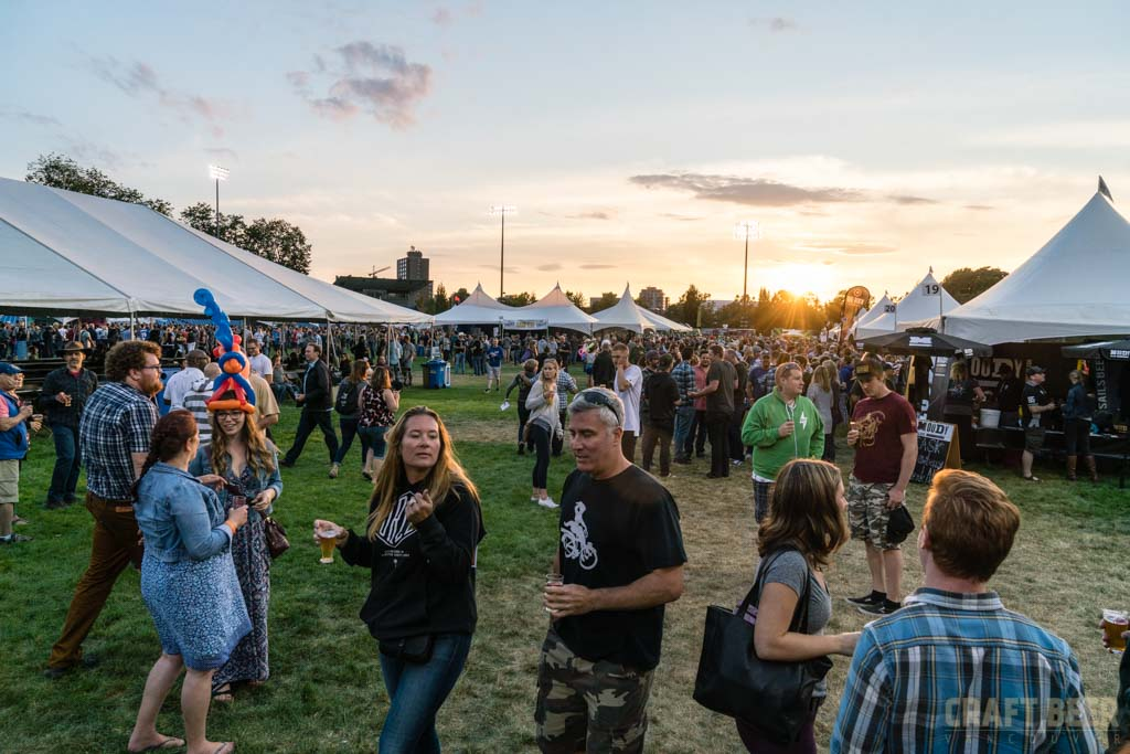 Great Canadian Beer Festival 2017 Brewer Shaking HandsGreat Canadian Beer Festival 2017 Sunset Crowd 2